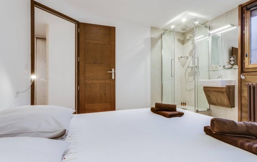 Location de vacances - Appartement à Val-d'Isère - Chambre 1 avec Lavabo et douche