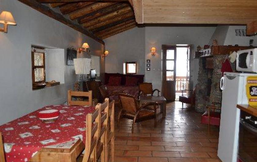 Location de vacances - Appartement à Bonneval-sur-Arc - Pièce à vivre
