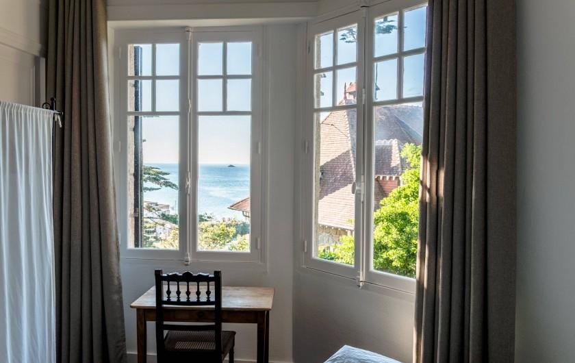 Location de vacances - Villa à Dinard - Vue Mer - Chambre 3