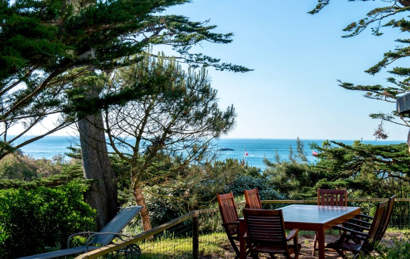 Location de vacances - Villa à Dinard - Salon de jardin
