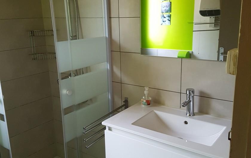 Location de vacances - Maison - Villa à Jard-sur-Mer - salle de bain vasque