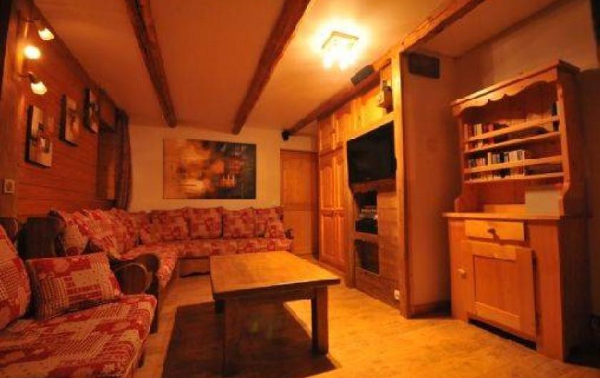 Location de vacances - Chalet à Mâcot-la-Plagne - Salon