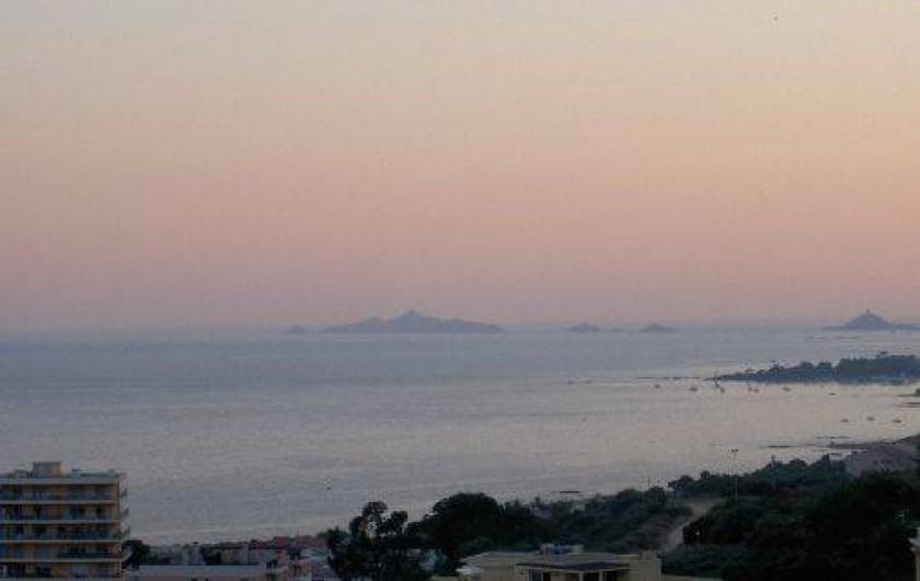 Location de vacances - Appartement à Ajaccio - vue terrasse