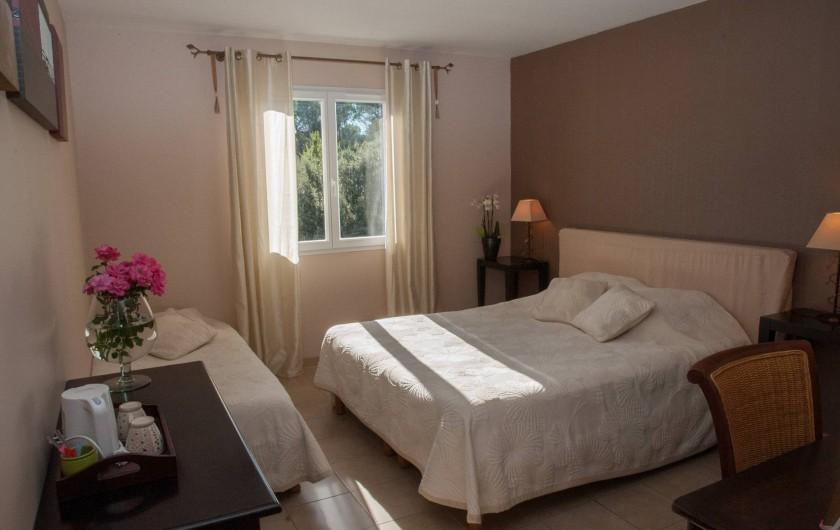 Location de vacances - Chambre d'hôtes à Lorgues - Chambre Mourvèdre
