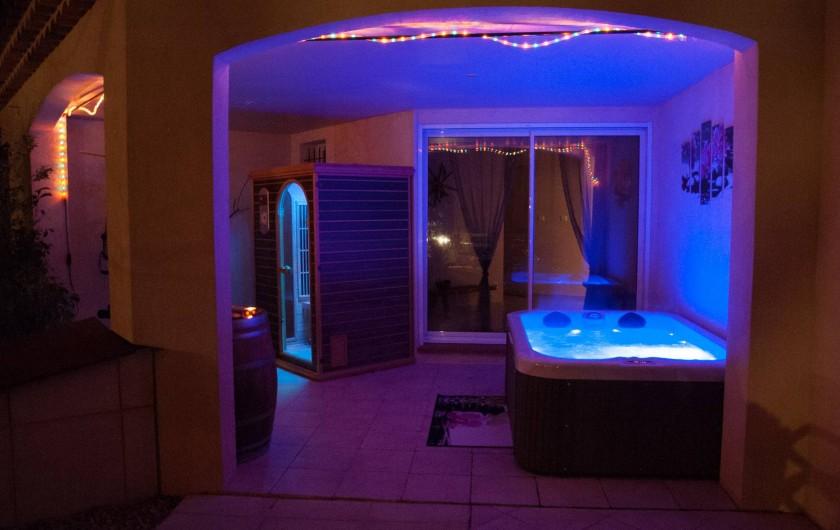 Location de vacances - Chambre d'hôtes à Lorgues - Espace Bien-Etre avec Sauna et Spa, massages et soins esthétiques