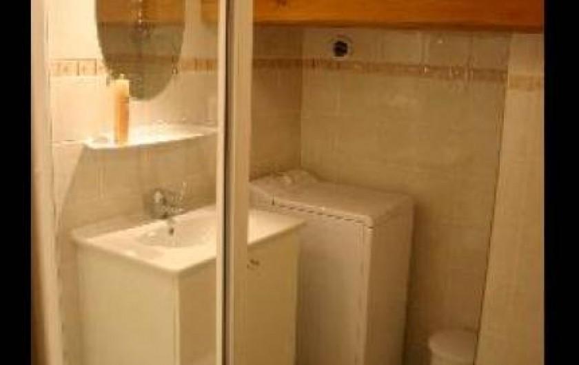 Location de vacances - Appartement à Hauteluce - Salle de douche 1 avec WC  1 et lave linge