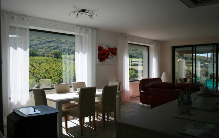 Location de vacances - Mas à Lagorce - grande pièce à vivre