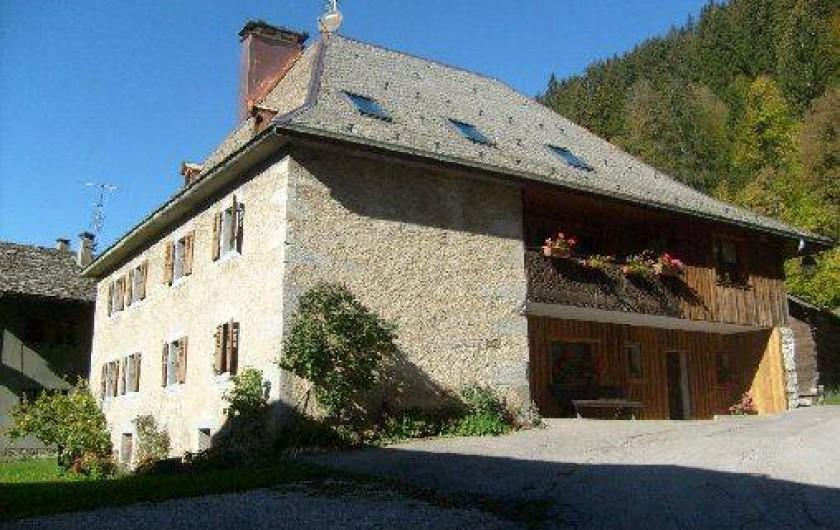 Location de vacances - Appartement à Morzine - Le château coté entrée