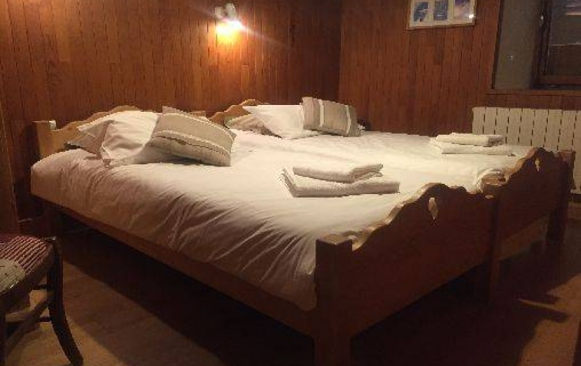 Location de vacances - Appartement à Morzine - 1ère chambre GENTIANE 2 lits 1 personne