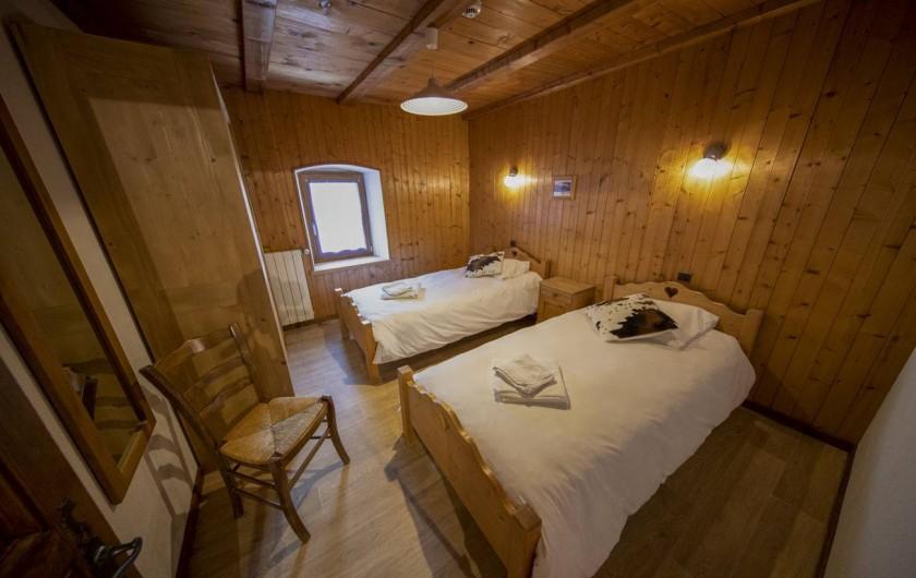 Location de vacances - Appartement à Morzine - 2ème chambre Abricotine 2 lits 1 personne