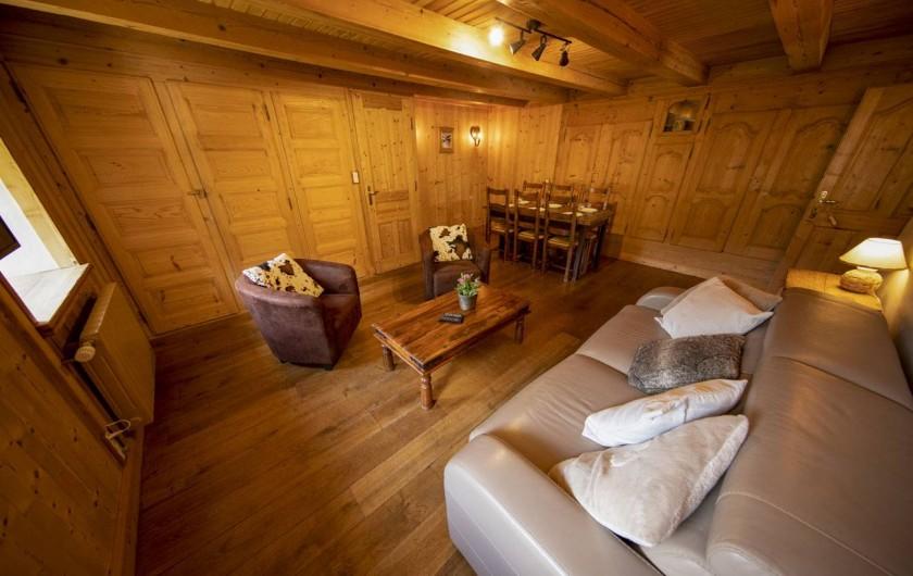 Location de vacances - Appartement à Morzine - coin salon GENTIANE