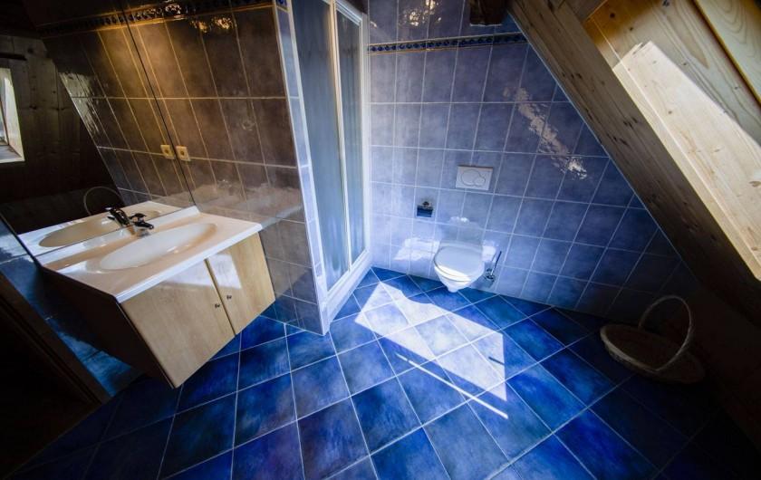 Location de vacances - Appartement à Morzine - 2ème salle de bain ABRICOTINE