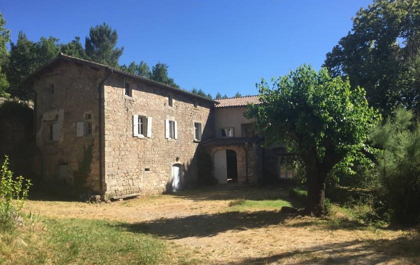 Location de vacances - Maison - Villa à Vinezac - Facade