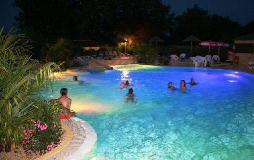 Location de vacances - Camping à Puy-l'Évêque