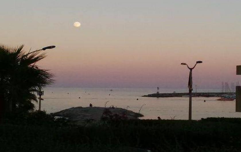 Location de vacances - Studio à Cavalaire-sur-Mer - Coucher de soleil