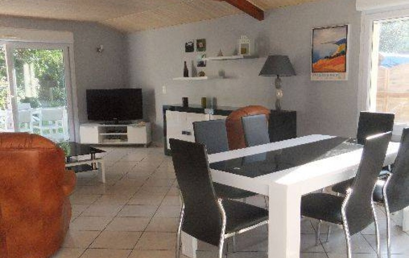 Location de vacances - Villa à Lacanau - séjour-salon