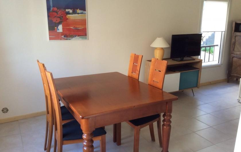 Location de vacances - Chalet à Saint-Martin-de-Brômes - salle à manger