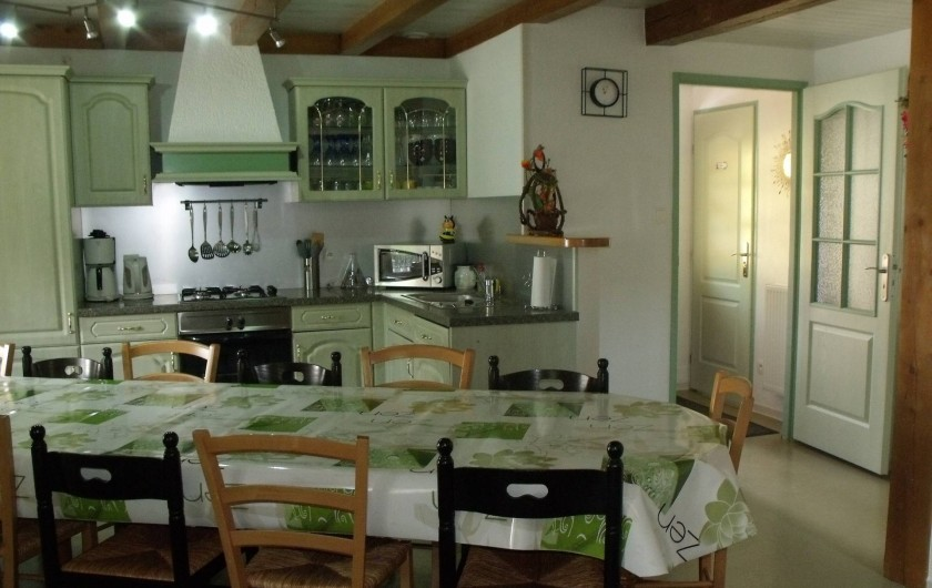 Location de vacances - Gîte à Ferdrupt - Cuisine gîte de 4 à 8 personnes