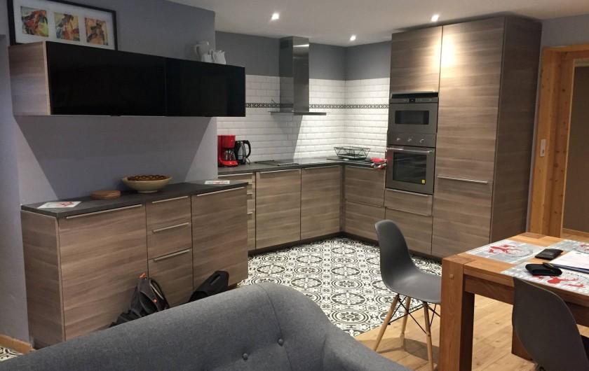 Location de vacances - Appartement à Sainte-Foy-Tarentaise - Cuisine équipée