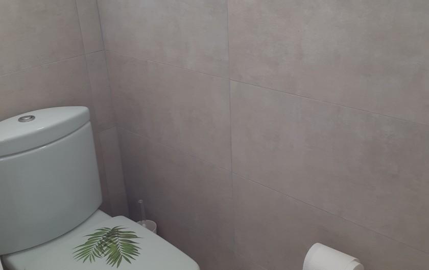Location de vacances - Villa à Les Issambres - 2 toilettes identiques