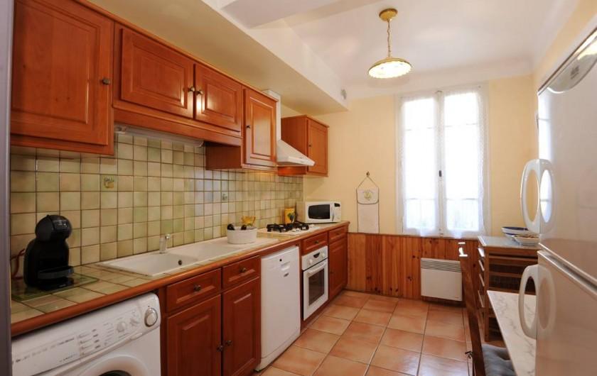 Location de vacances - Gîte à Rigarda - la cuisine