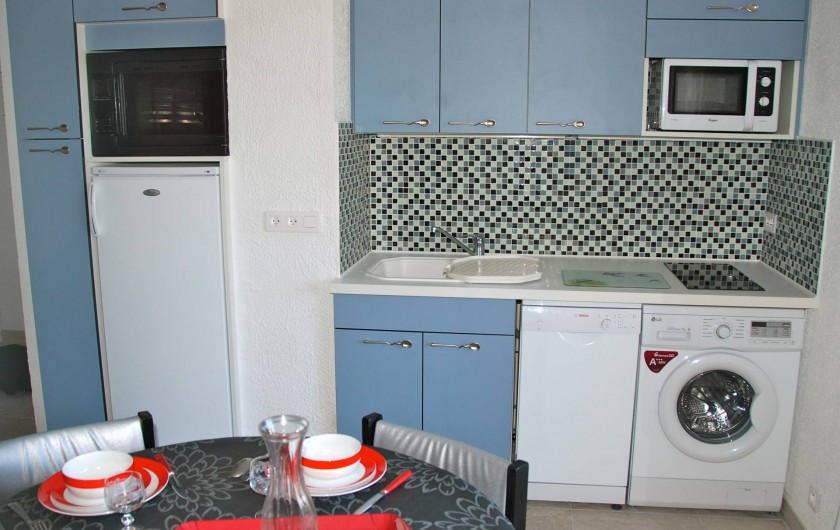 Location de vacances - Appartement à Saint-Aygulf - CUISINE OUVERTE NEUVE