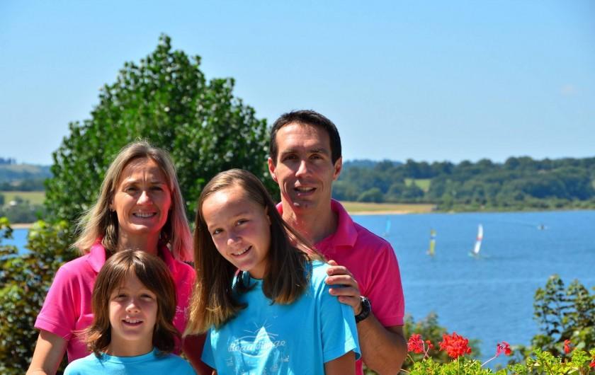 Location de vacances - Camping à Salles-Curan - le camping beau-rivage lac de Pareloup est un camping familial à taille humaine