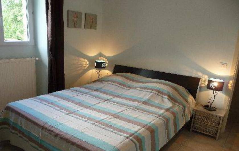 Location de vacances - Gîte à Badefols-sur-Dordogne - Chambre double de LA LONGERE