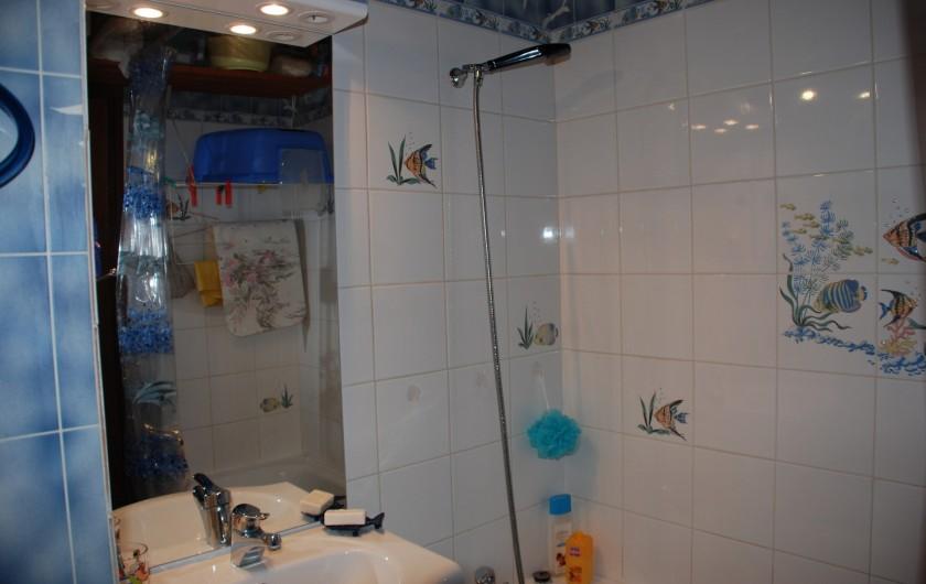 Location de vacances - Appartement à Ax-Bonascre (le Saquet) - La salle de bains