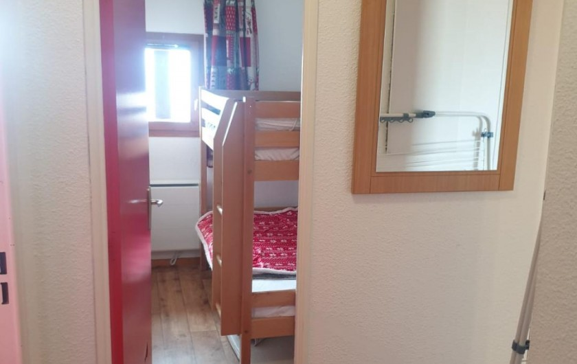 Location de vacances - Appartement à Valmeinier 1800 - chambre Montagne