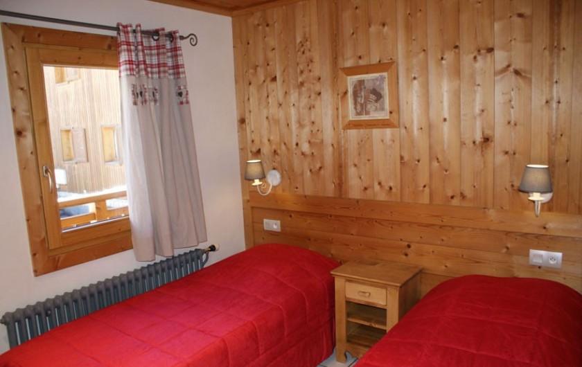 Location de vacances - Appartement à Méribel - Fougères 2 - Chambre 2 lits simples
