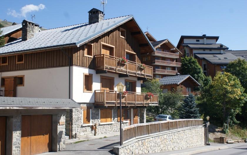 Location de vacances - Appartement à Méribel - Fougères - Façade Ouest