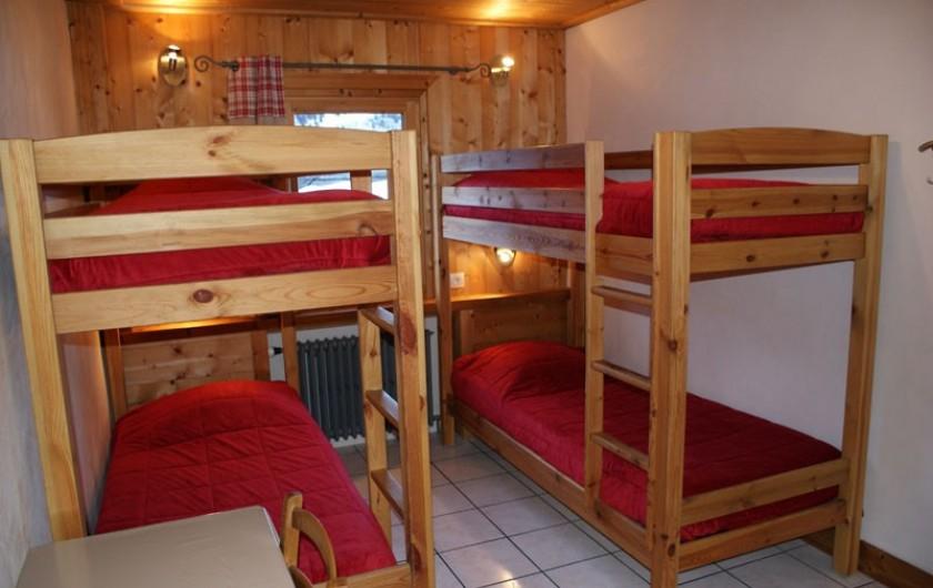 Location de vacances - Appartement à Méribel - Fougères 1 - Chambre 4 lits