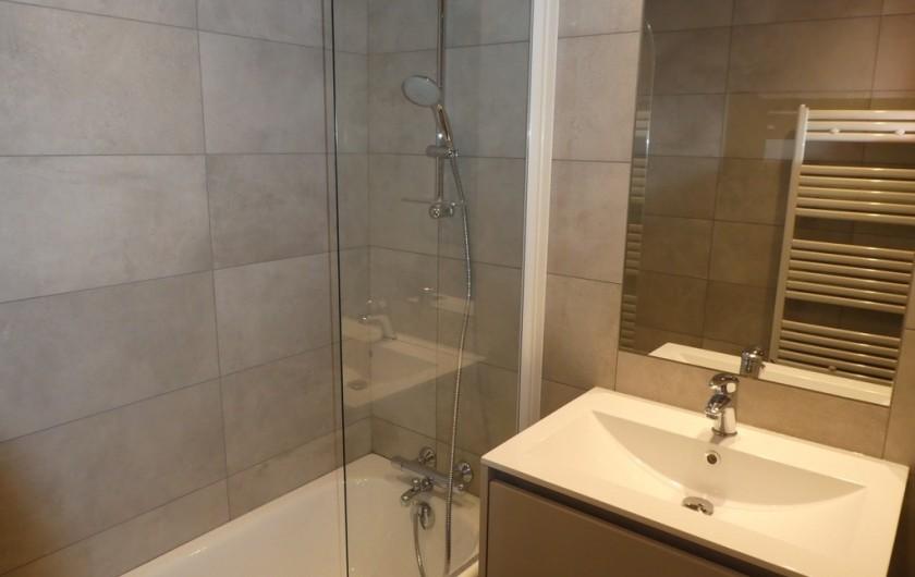 Location de vacances - Appartement à Méribel - Triolets - Salle de bain