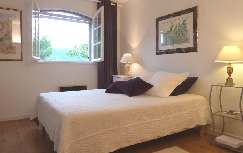 Location de vacances - Villa à Peymeinade - chambre 1 RdC