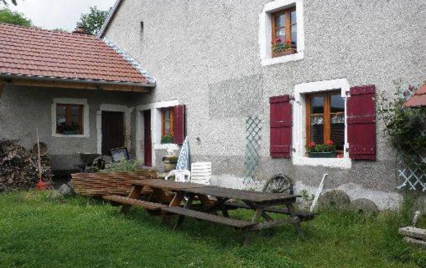 Location de vacances - Chambre d'hôtes à Amont-et-Effreney - La terrasse