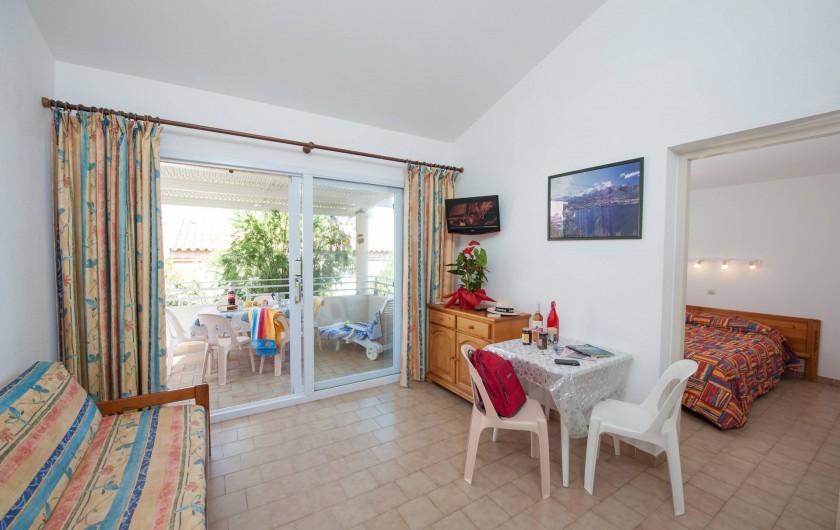 Location de vacances - Appartement à Lumio - Salon