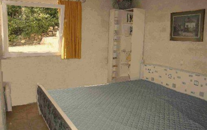 Location de vacances - Appartement à Cavalaire-sur-Mer - Chambre appartement soleil