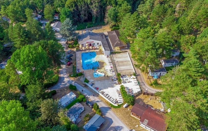 Location de vacances - Bungalow - Mobilhome à Camiers - vue camping