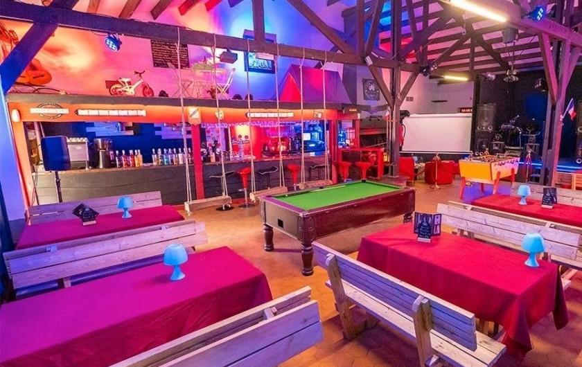 Location de vacances - Bungalow - Mobilhome à Camiers - bar, salon,jeux