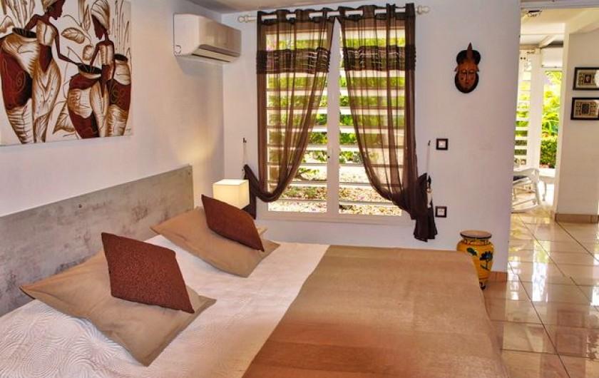 Location de vacances - Villa à Saint-François - Chambre 2 climatisée avec Lit 180 ou 2x90cm