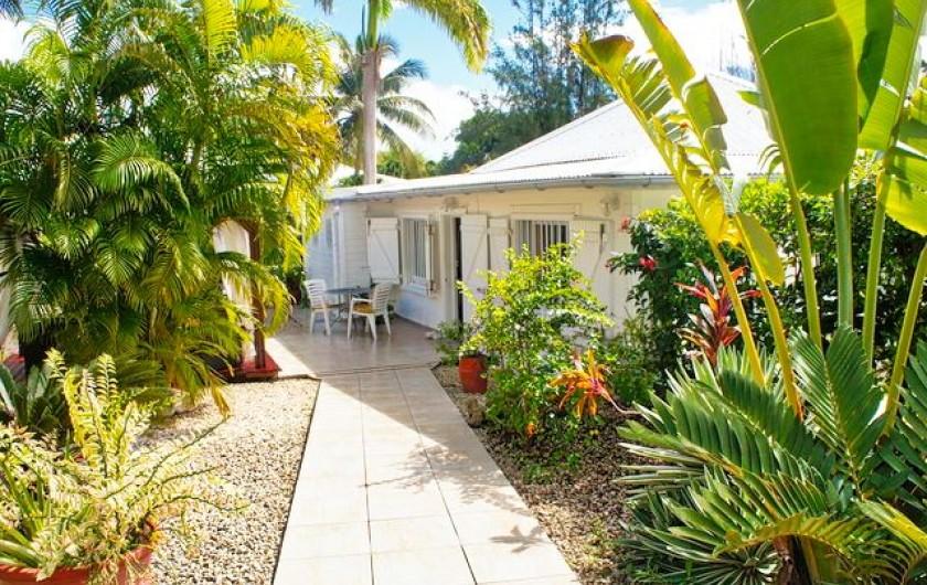 Location de vacances - Villa à Saint-François - Entrée du jardin