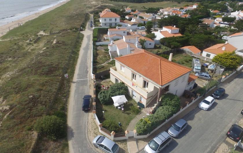 Location de vacances - Appartement à Barbâtre - Situation vue prise par drone