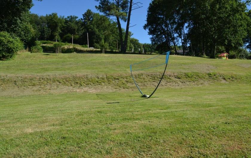 Location de vacances - Gîte à Cublac - Terrain de badminton