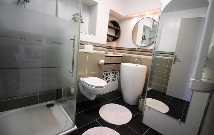 Location de vacances - Appartement à Roquebrune-sur-Argens - SALLE D'EAU