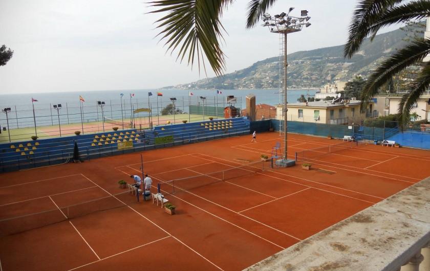 Location de vacances - Appartement à Ospedaletti - champs de tennis à ospedaletti