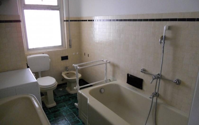 Location de vacances - Appartement à Ospedaletti - salle de bain