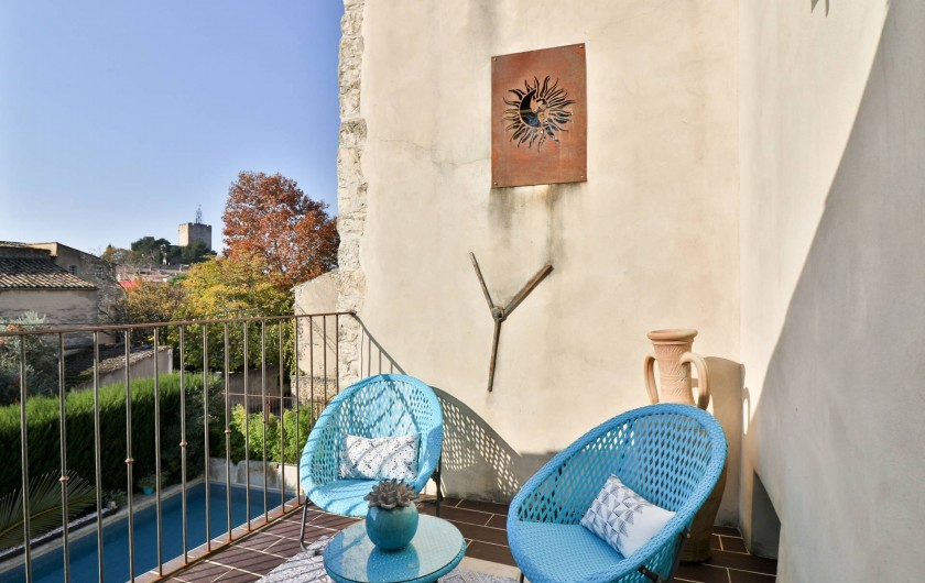 Location de vacances - Chambre d'hôtes à Pernes-les-Fontaines - Suite Envol de Papillons Terrasse privée avec vue sur piscine