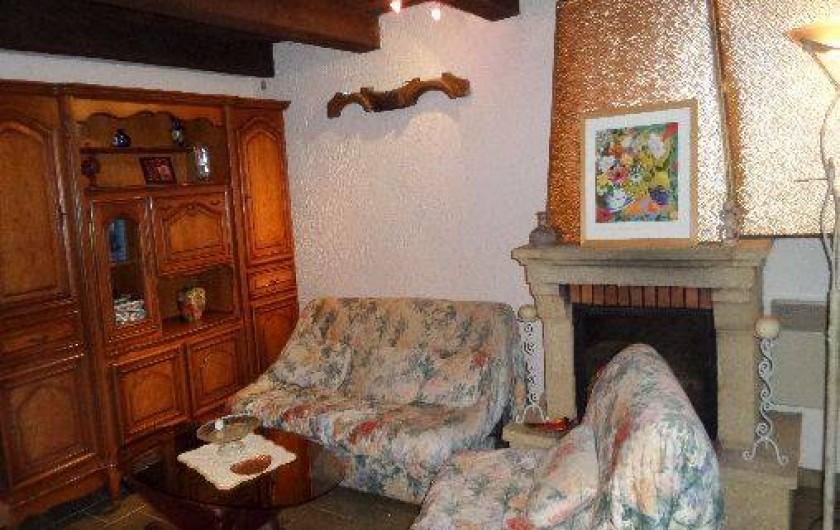 Location de vacances - Villa à Draguignan - Le coin télévision au rez de chausée de notre villa
