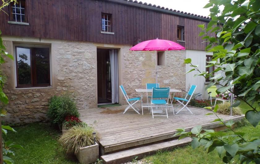 Location de vacances - Gîte à Vignonet - terrasse